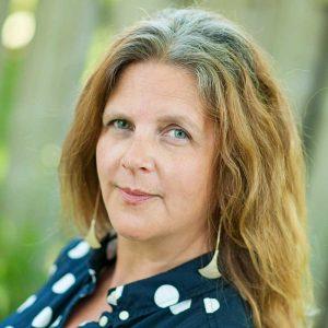 Joanne Roston